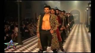 Asif Azim ramp walk in India