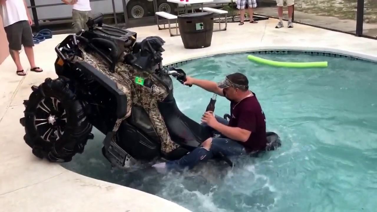 Can-am XMR 1000 in swimming pool, SEND IT - Clip.FAIL