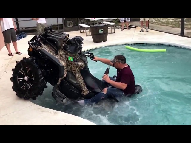 Can-am XMR 1000 in swimming pool, SEND IT