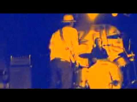 """Midatlantic perform """"On & On"""" at Bill's Bar 8/1/08"""