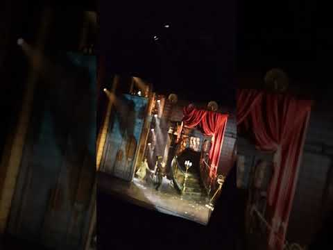 Sunset Blvd Final Scene & Calls Ria Jones