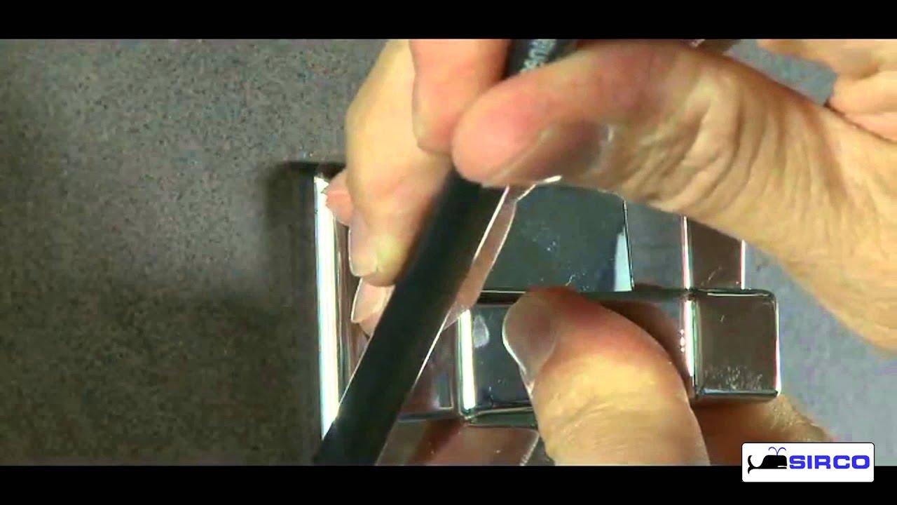 Istruzioni di montaggio accessori da bagno adesivi da incollo a