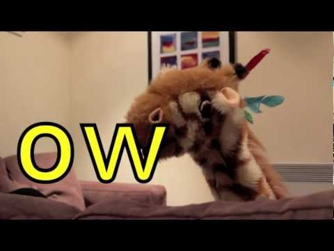 Geraldine the Giraffe learns /ow/