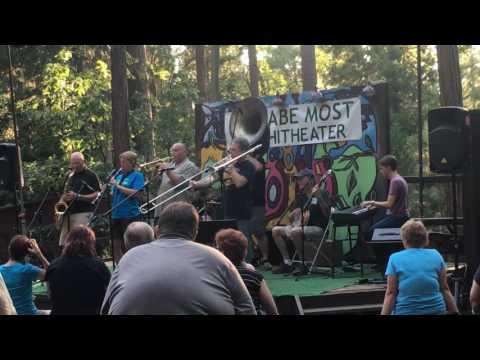 """Sorry"" - 2016 Sacramento Trad Jazz Camp Professors"