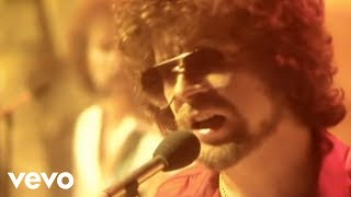 Watch Electric Light Orchestra Shine A Little Love video