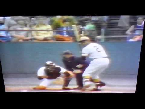 Roberto Clemente's World Series Game 6 Highlights