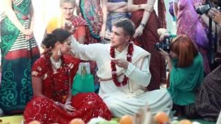 Ведическая свадьба (Виваха ягья).mp4
