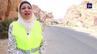 """""""خليها ولا ترميها"""" .. حملة للحفاظ على البيئة في وادي موسى"""