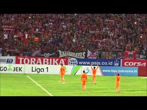 Hormat Para Pemain Persija Kepada Jakmania Seusai Laga Lawan PSIS | Liga 1 2018