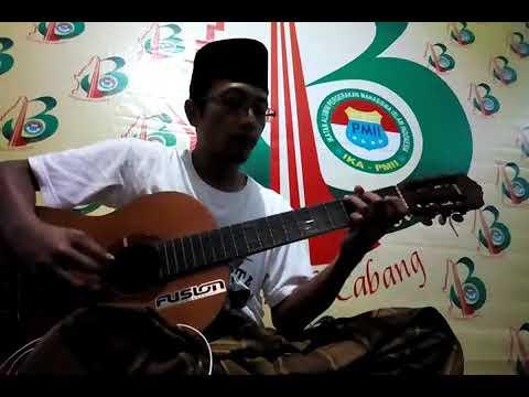 Free download lagu Mp3 Merah Putih dan Reruntuhan terbaru