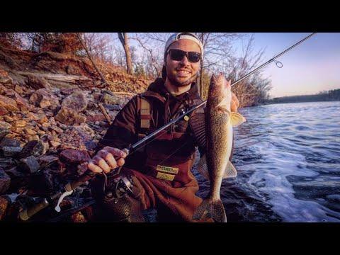 Riverside Walleye Catch & Cook! (Shore Fishing WI River)