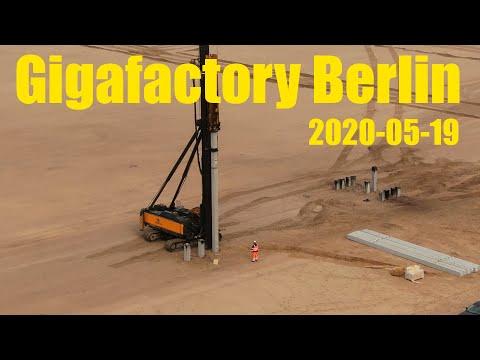 Giga Berlin | 2020-05-19 | Pile driver at work
