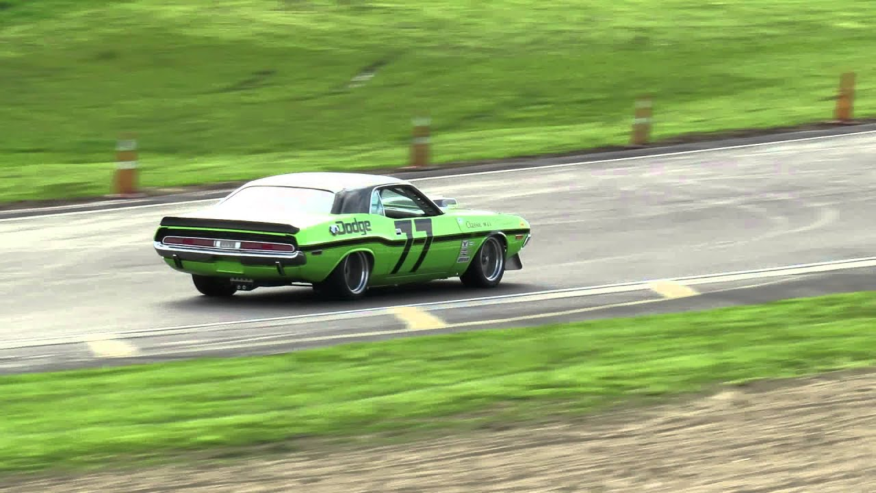 Dodge Challenger, Northern Muscle Cars, racing Hampton Downs 5 May ...