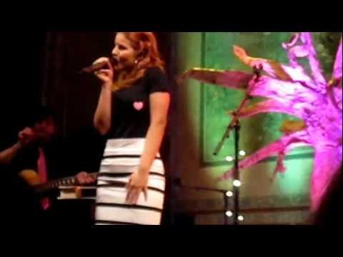 Katarína Knechtová - Acoustic tour 2013 (Zločin) /live/