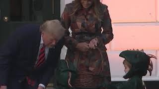 特朗普夫妇白宫举行万圣节传统活动
