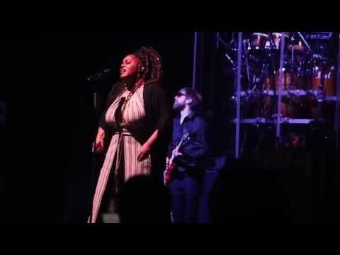 Jill Scott gets 'super sexual' during performance in Houston...WAIT FOR IT....
