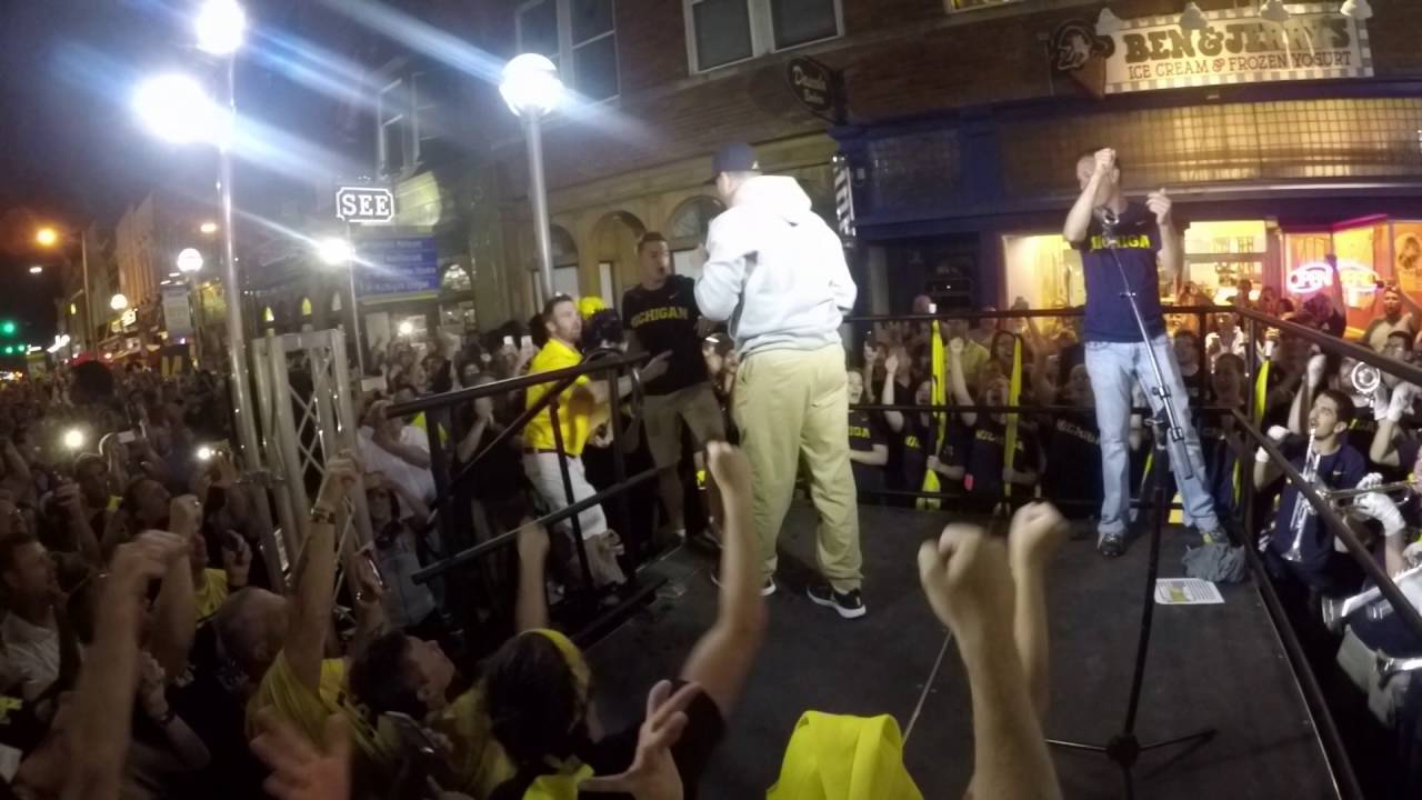 Jim Harbaugh welcomes fans to University of Michigan Nike release event -  YouTube