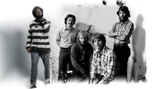 Michael Kiwanuka VS Creedence Clearwater Revival - Have You Ever Seen A Cold Little Heart MASHUP