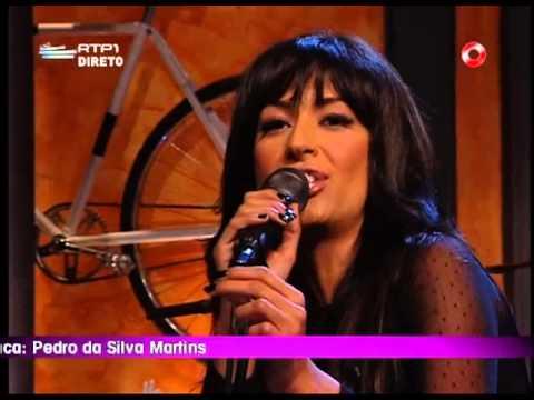 """ANA MOURA - """"DESFADO"""" (ao vivo no 5 para a meia-noite)"""