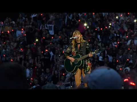 Taylor Swift - Fifteen (live) - Wembley Stadium (Reputation Stadium tour)