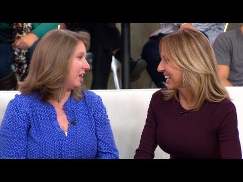 | GMA Mother, daughter meet for 1st time live on 'GMA,' 30 years after adoption