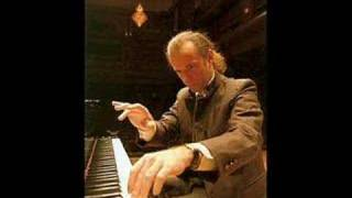 Kemal Gekic plays Chopin Ballade no. 1 op. 23