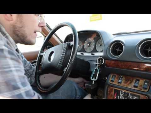 Weirdness of Mercedes-Banz 300CD  Mercedes-Benz W123