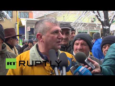 Bosnia and Herzegovina: Anti-gov protesters commemorate 'Bosnian Spring'