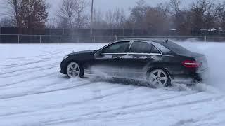 Mercedes E350 4Matic Snow Drifting