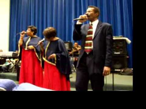 Pastor Harvey Jones and The Triangle Starlights- Going on just the same