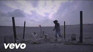 2010年12月1日リリース 8thアルバム『ALMA』収録曲 「2145年」 ミュージ...