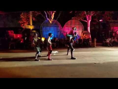 ~Queen Mary's Dark Harbor Sliders Show 2017~