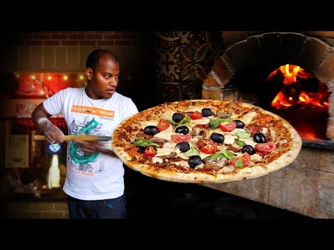 How to Make Homemade Veg Cheese Pizza