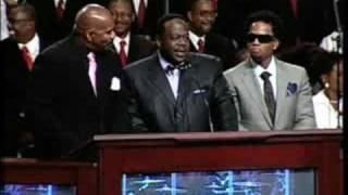 Cedric the Entertainer at the funeral of Bernie Mac