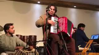 Ustad Tabu Khan New playing Lag Ja Gale on his Accordion