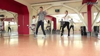 Урок движения. VOGUE. Тренер - Роман Шестаков.(У нас в гостях Роман Шестаков,мы будем танцевать эпатажный и очень красивый танец - VOGUE! Vogue -- это не просто..., 2014-06-24T10:57:33.000Z)