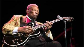 Watch Bb King Lucille video