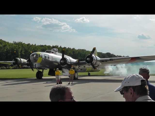 B-17G Chuckie flight at the Military Aviation Museum