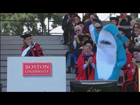 Meredith Viera to Boston Grads: Be the Left Shark