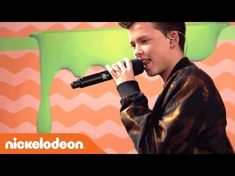 "Jacob Sartorius Performs ""By Your Side"" LIVE on the Orange Carpet | Kids' Choice Awards 2017 | Nick"