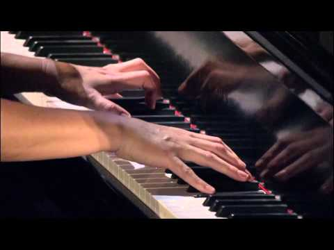 Let's Face The Music And Dance - (Live In Rio) HD - Diana Krall