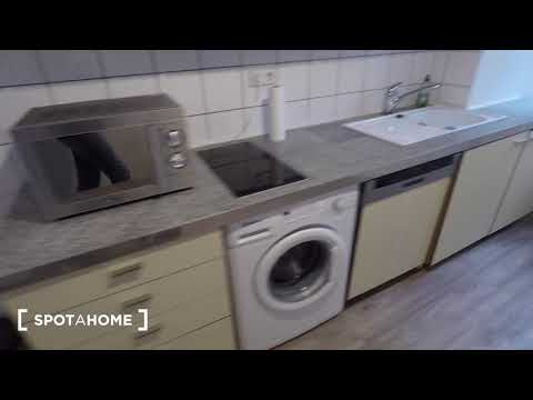 Furnished 1-bedroom apartment with terrace for rent in Pankow - Spotahome (ref 154295)