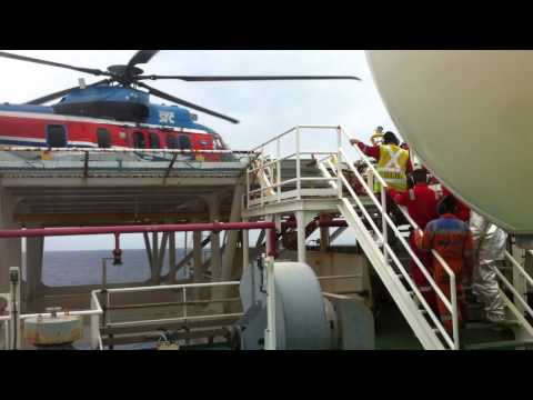 Video Chopper is landing on FPSO 9 Oct 14