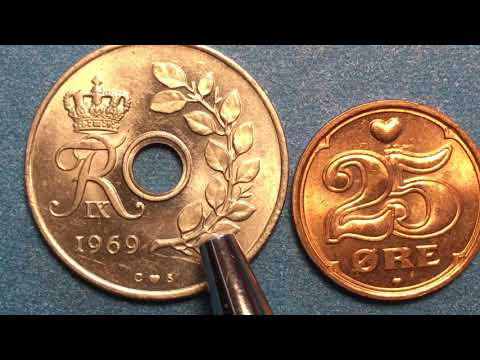 Denmark 25 Ore Coins 1969 And 2004 Danmark