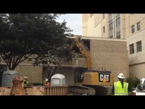 Old Norfolk Courthouse Demolition - Raw