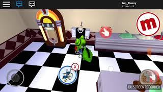 Oy juego Roblox y me ronpo un pie |mepcity Roblox 😎😊