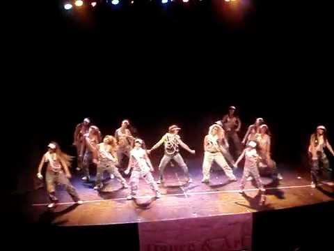 Instituto Dance & Art - Reggaeton - Prof. Noelia A...