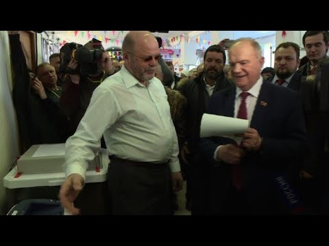 Gennady Zyuganov votes in Russian presidential election