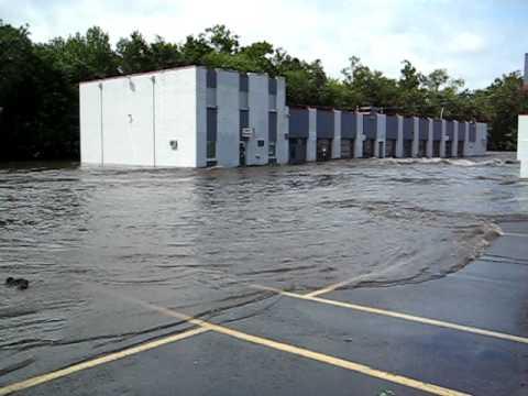Hurricane Irene Pompton Lakes Dam Floods Hamburg Tpke Video #3