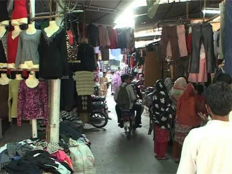 Syed waqar hussain report lahore landa youtube for Bano bazar anarkali lahore